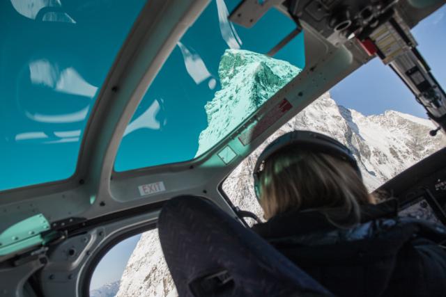 Heiratsantrag mit Air Zermatt